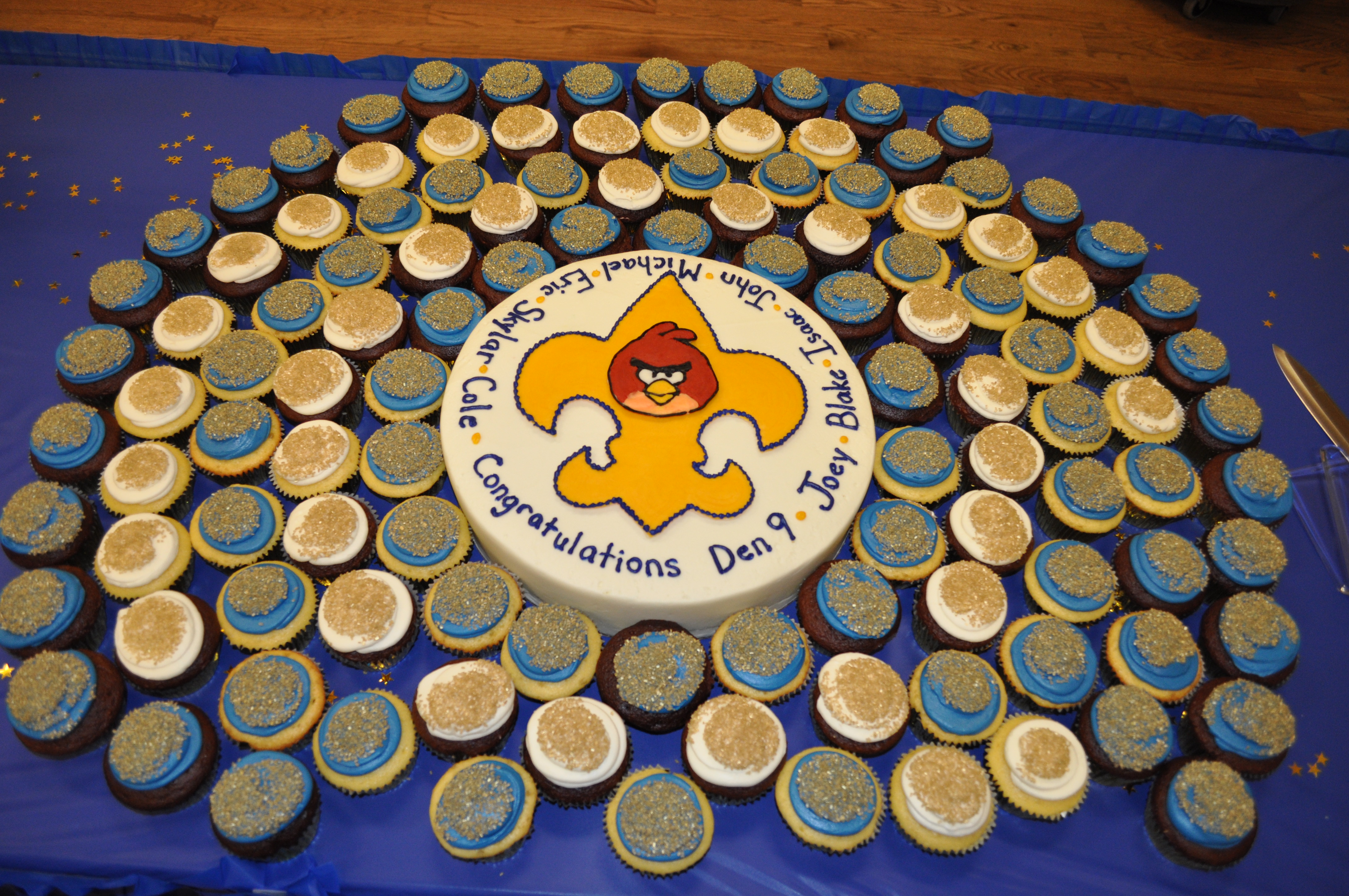 Cake Ideas For Boy Scouts : 1st Birthday Tiffany Takes the Cake