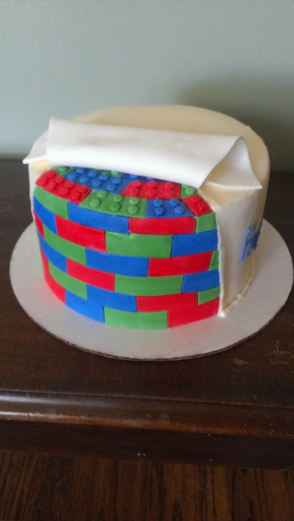 Lego Rolled Away fondant cake