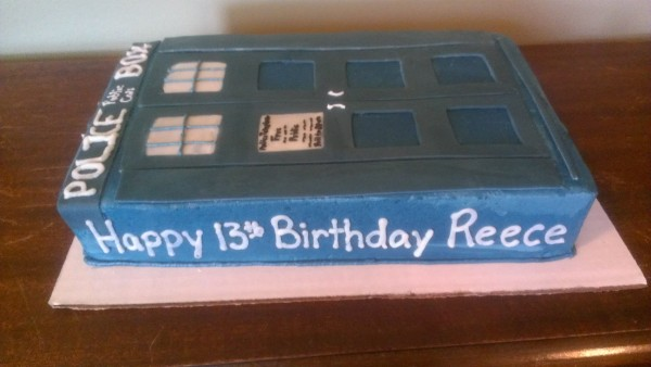 Tardis Cake side view