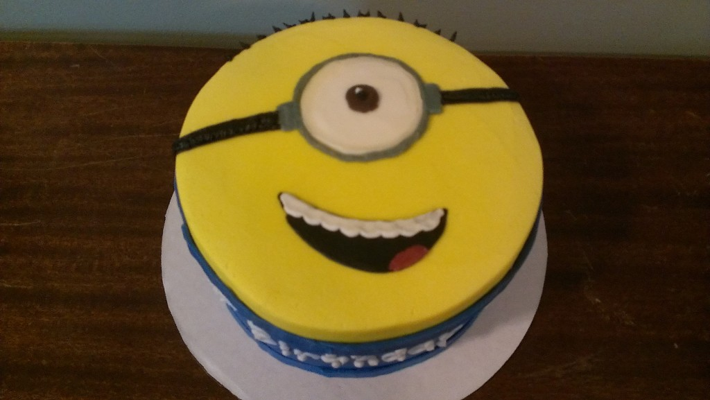 Minion Cake Top